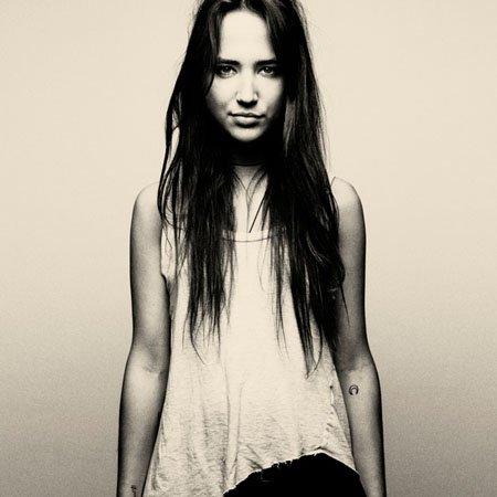 Bella Sarris: Inside the DJ Booth